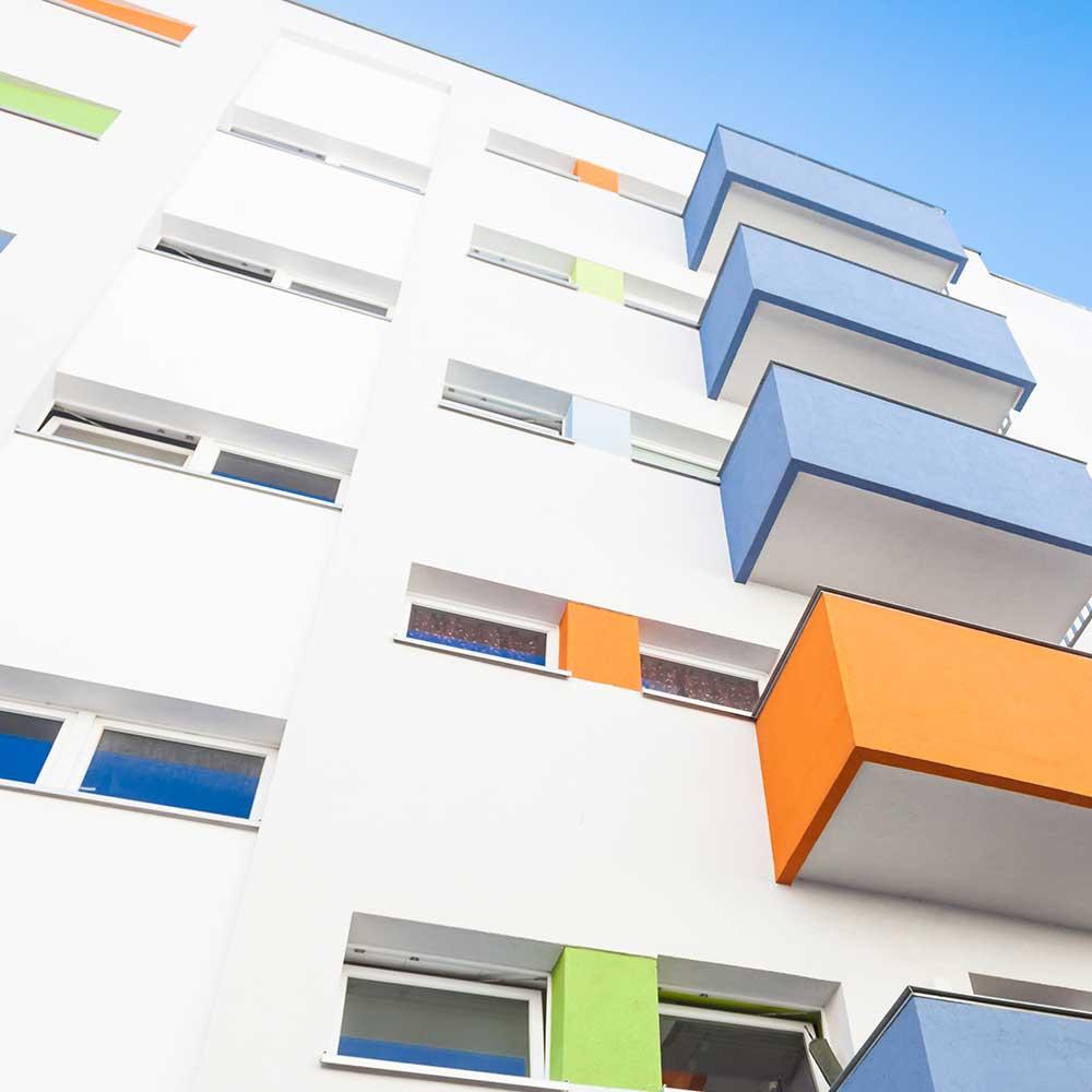 Facademaling af altaner med farver