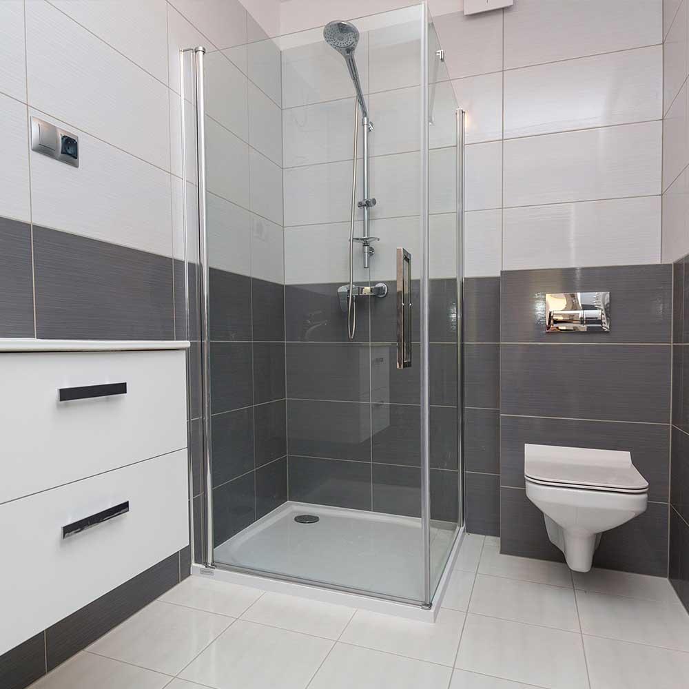 Flisegulv i nyt badeværelse